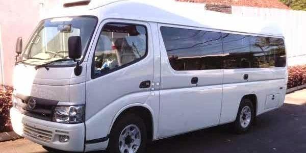 Travel Executive Lumajang - Denpasar Harga Murah